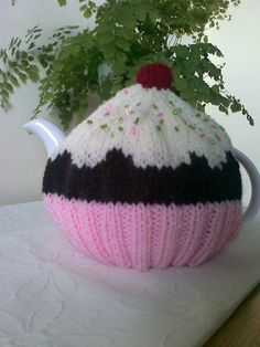 Cupcake Tea Cosy / Cozy  Fits a 4 cup pot by Melsey on Etsy, $17.99