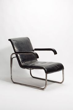 Breur was known during his thirties as one of the best designers in Europe. In 1937 he moved to the United States to work as a professor for architecture at Harvard University Graduate School of Design. Here we see the B35 Chair, today is it sold for $5,683 CAD. It was created in 1925, and was the first of its design to implement the use of tubular steel in a chair that would be utilized for domestic purpose.