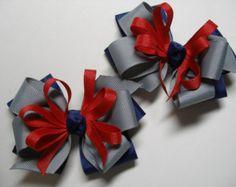 A conjunto de pelo arcos cerdo cola par azul marino USA rojo