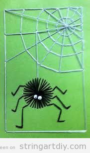 Halloween String Art for kids, spider & spider web. Theme Halloween, Halloween Crafts For Kids, Halloween Cards, Fall Crafts, Fall Halloween, Arts And Crafts, Halloween Night, Happy Halloween, Spider Crafts