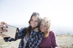 Perfektes Selfie? Einfach die Blogger-Tipps befolgen und auf Fotos immer gut aussehen!