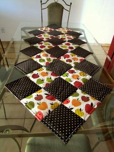 Petwork Patchwork Curtains, Patchwork Table Runner, Patchwork Cushion, Table Runner And Placemats, Table Runner Pattern, Quilted Table Runners, Quilt Block Patterns, Quilt Blocks, Quilted Table Toppers