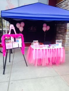 Breast Cancer Awareness sign-up table booth Pink Ribbon Breast Cancer Party, Breast Cancer Crafts, Breast Cancer Fundraiser, Breast Cancer Walk, Breast Cancer Awareness, Childhood Cancer Awareness, Pep Club, Women's Ministry, Movember