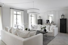 white living room - Les curieuses