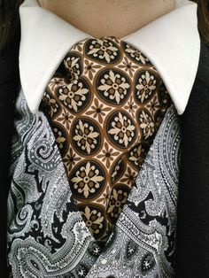 Gold Doubloons Cravat by engineerandthegypsy on Etsy, $15.00