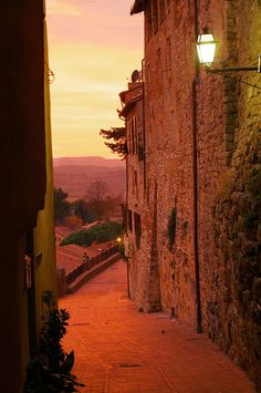 Sunset - Todi, Perugia, Umbria, Italy. One of the best ways to explore the Umbria region, Italy's Green Heart, is by bike. Find out more about our self-guided cycling trips here: http://www.discoverfrance.com/italy/self-guided/umbria-italys-green-heart