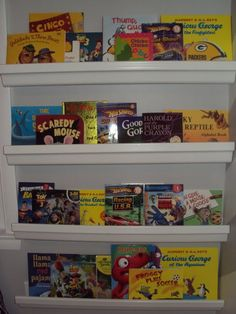 Love this bookshelf made from gutters! Cute and cheap :)