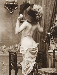 Five 20s Burlesque Dancers to Remember - Burlexe