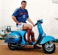 Football Ads, Vintage Football, Football Shirts, Vespa Lambretta, Vespa Scooters, Zinedine Zidane, Vespa Px 150, Rui Costa, Custom Vespa