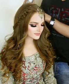 # indian Hairstyles Abdullha Acirc Curren H A I R Acirc Curren In 2019 Lehenga Hairstyles Indian Mehndi Hairstyles, Pakistani Bridal Hairstyles, Lehenga Hairstyles, Open Hairstyles, Indian Hairstyles, Bride Hairstyles, Hairstyles For Long Hair Wedding, Tikka Hairstyle, Dinner Hairstyles