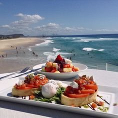 After a chocolate filled Easter Long Weekend it's time to start the week with a healthy breaky & a dip in the ocean . Pictured is our delicious Breakfast Bruschetta & Fruit Salad we'll throw in the view for free! #currumbinslsc #currumbin #surfclub #breakfast #currumbinsurfclub #currumbinvikings #bruschetta #fruit #fruitsalad #breakfastbruschetta #goldcoast #restaurantaustralia #currumbinalley #currumbinbeach #australia #queensland #southerngoldcoast #elephantrock #surfersparadise #4223 by…