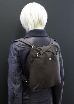 Dámský kožený batoh na záda/přes rameno
