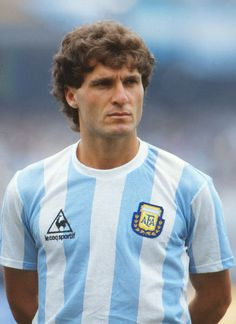Football - 1986 World Cup - Group A: Argentina 2 Bulgaria 0 Argentina's Oscar Ruggeri at the Estadio Olimpico Universitario, Mexico City. Football Icon, World Football, Football Players, Pure Football, Argentina Football Team, Argentina Soccer, Fifa, Argentina Culture, World Cup Groups