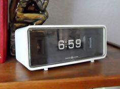 Vintage GE Flip Clock White Black Model 8125 1970s by OldLikeUs