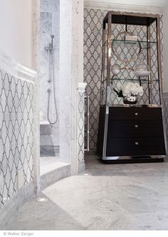 Oasis Carrara Pattern from Walker Zanger Jet Set collection Dream Home Design, House Design, Interior Trim, Interior Design, Bathroom Design Inspiration, Kitchen Inspiration, Design Ideas, Victoria House, Walker Zanger