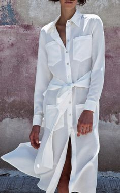 This **Christina Economou** Rani White Long Wrap Shirt Dress features front patch pockets, relaxed silhouette, and self tie at waist. Virtual Fashion, Fashion 2017, Luxury Fashion, Fashion Dresses, Outfit Vestidos, Minimal Dress, Wrap Shirt, White Outfits, White Fashion