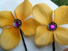 YellowMagenta Flower Hair Pins by RaleighBeauty on Etsy, $6.50