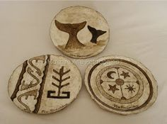 Paper Clay, Paper Mache, Ceramic Art, Pasta Piedra, Diy And Crafts, Pottery, Ornaments, Handmade, Woodburning
