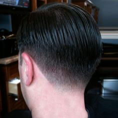 Photos of Men's Haircuts: Classic Taper