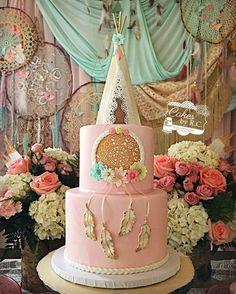 Teepee bohemian dream catcher cake