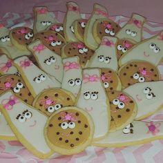 Milk & Cookie Birthday Cookies by Kat