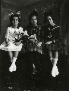 Left to Right: Cristina Kahlo, Isabel Campos, and Frida Kahlo.