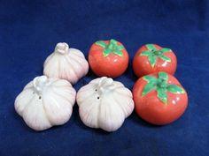 Boston Warehouse Mini Salt Pepper Set Tomato Garlic Set of 6 NIB