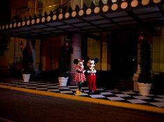 Date Night for Mickey and Minnie  #DisneyParksPhotoProject