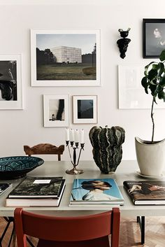 Freshen Up Your Interior Spaces With These Design Tips Decoration Inspiration, Room Inspiration, Interior Inspiration, Decor Ideas, Interior Styling, Interior Decorating, Design Scandinavian, Scandinavian Living, Interior Photography