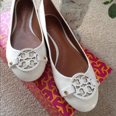 LAST CHANCETORY BURCH Mini Miller Ballet Flat White embossed leather flats with iconic TB leather logo on top. Brass details on sides and back heels. Rubberized soles. Hard to find color! BRAND NEW! Comes with box. Tory Burch Shoes Flats & Loafers