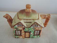 Occupied Japan Cottageware teapot-