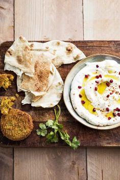 Hummus, Falafel, Tapas, Ethnic Recipes, Kitchen, Food, Cooking, Eten, Falafels