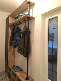 Compact coat rack hall cupboard in the hall with plenty of storage space for shoes. Dimension M . - Compact coat rack hall cupboard in the hall with plenty of storage space for shoes. Afmetin M Mudroo - Hallway Closet, Hallway Storage, Cubby Storage, Diy Storage, Storage Spaces, Cupboard Storage, Ikea Hallway, Storage Cubes, Cupboard Ideas