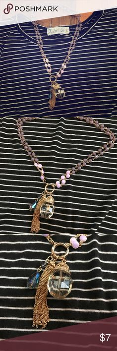 💕Charming Charlie necklace 💕 Purple charming Charlie's necklace, used once , perfect condition,💕 Charming Charlie Jewelry Necklaces