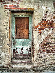I loved the many textures in this old door that I discovered.This photo was taken with a Kodak Easyshare camera and edited with Photoshop Element Cool Doors, Unique Doors, Door Knockers, Door Knobs, Vintage Doors, Peeling Paint, Door Gate, Closed Doors, Doorway