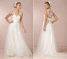 Romantikus menyasszonyi ruhák tavaszi esküvőre   retikul.hu