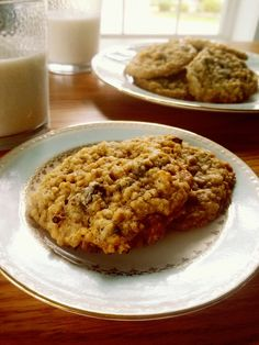 Easy to make chocolate chip oatmeal cookies. One of the best cookies you will ever have!