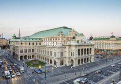 Wien: Prachtboulevard Ringstraße wird 150 Jahre  (rf) Im kommenden Jahr wird der Wiener Prachboulevard Ringstraße 150 Jahre alt. 1857 ordnete der damalige Kaiser Franz Joseph an, die Befestigungsanlagen rund um die Innenstadt zu schleifen und ...  Infos: http://www.reisefernsehen.com/reise-news/reise-reportagen/wien-prachtboulevard-ringstrae-wird-150-jahre.php  Video: http://youtu.be/EG122uLoYwE