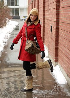 Gonna wear something like this for winter this year minus the hat.  Already have the rest of the outfit.