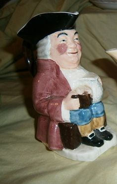 Toby Character Jug Sylvac Staffordshire HAND PAINTED OLD TOBY 4402 12.5cm high