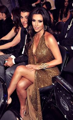kim kardashian is stunning too bad her personality isnt haha