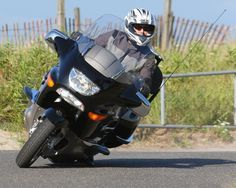 10 lane positioning tips motorcycle lean