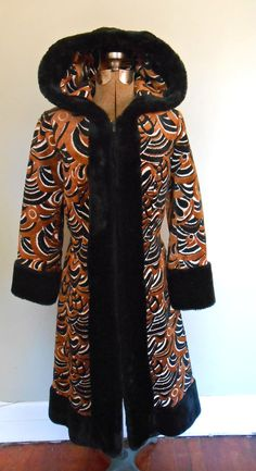 Hooded Carpet Princess Coat Art Deco Pattern Vintage by MDMvintage