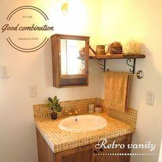 「洗面台 おしゃれ」の検索結果 - Yahoo!検索(画像) Washroom, Yahoo, Vanity, Mirror, Retro, Furniture, Home Decor, Colors, Dressing Tables