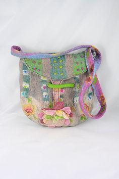 Felted Purse Bag Beige Pink Yellow Felted Flower door FrouFrouFelt