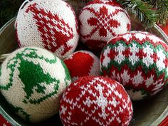 """Knitted Christmas Balls. Am admitting to a little addiction!!! Knitting beautiful ornament balls from """"55 Christmas Balls to Knit"""" by Arne and Carlos."""