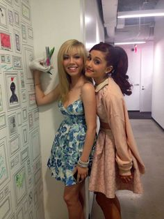Ariana Grande and Jennette McCurdy my two fave celebs are BFFs lol YaaaaaaaY