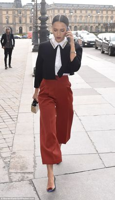 Jessica Alba in Dior - Dior Fall 2016 show PFW - March 4, 2016 #StreetStyle