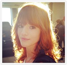 I love Bella Thorne's red hair. Caroline Sunshine, Bella Throne, Zendaya, Girl Crushes, Red Hair, My Girl, Dreadlocks, Hollywood, Actresses