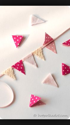 How to cake flag bunting